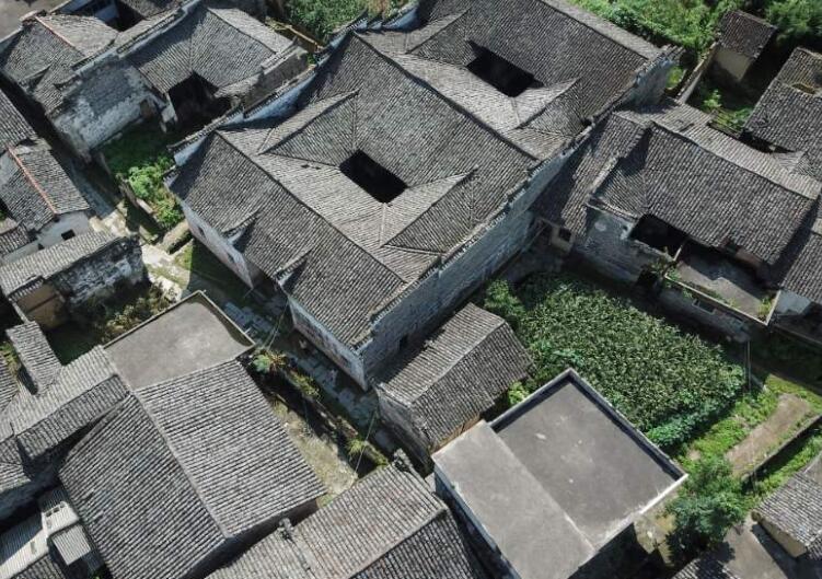 濮阳:工业园区打造200亿的绿色涂料产业