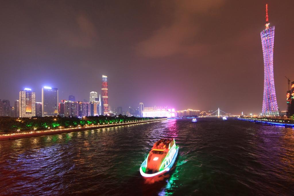 打造珠江东西两岸融合发展轴建设高品质高水平高颜值中山